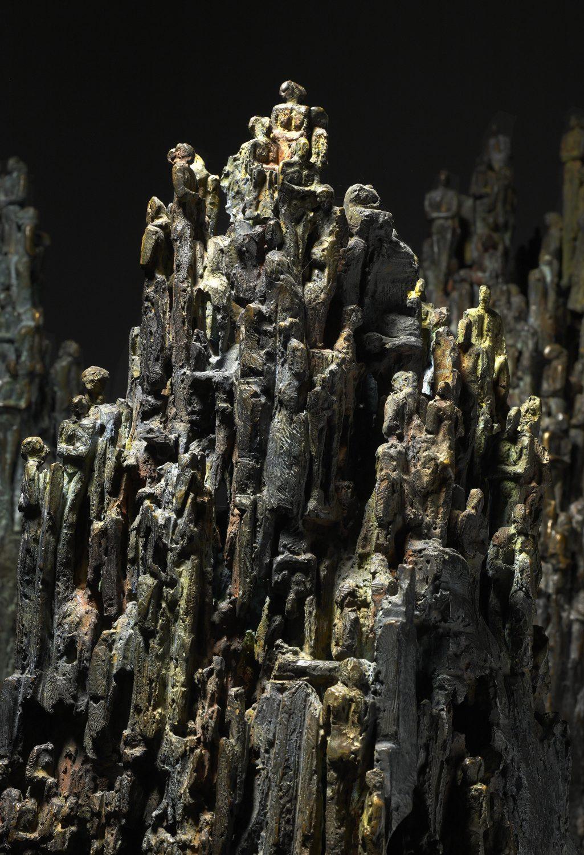 strates stalactite socle bronze sculpture art peuple humanité