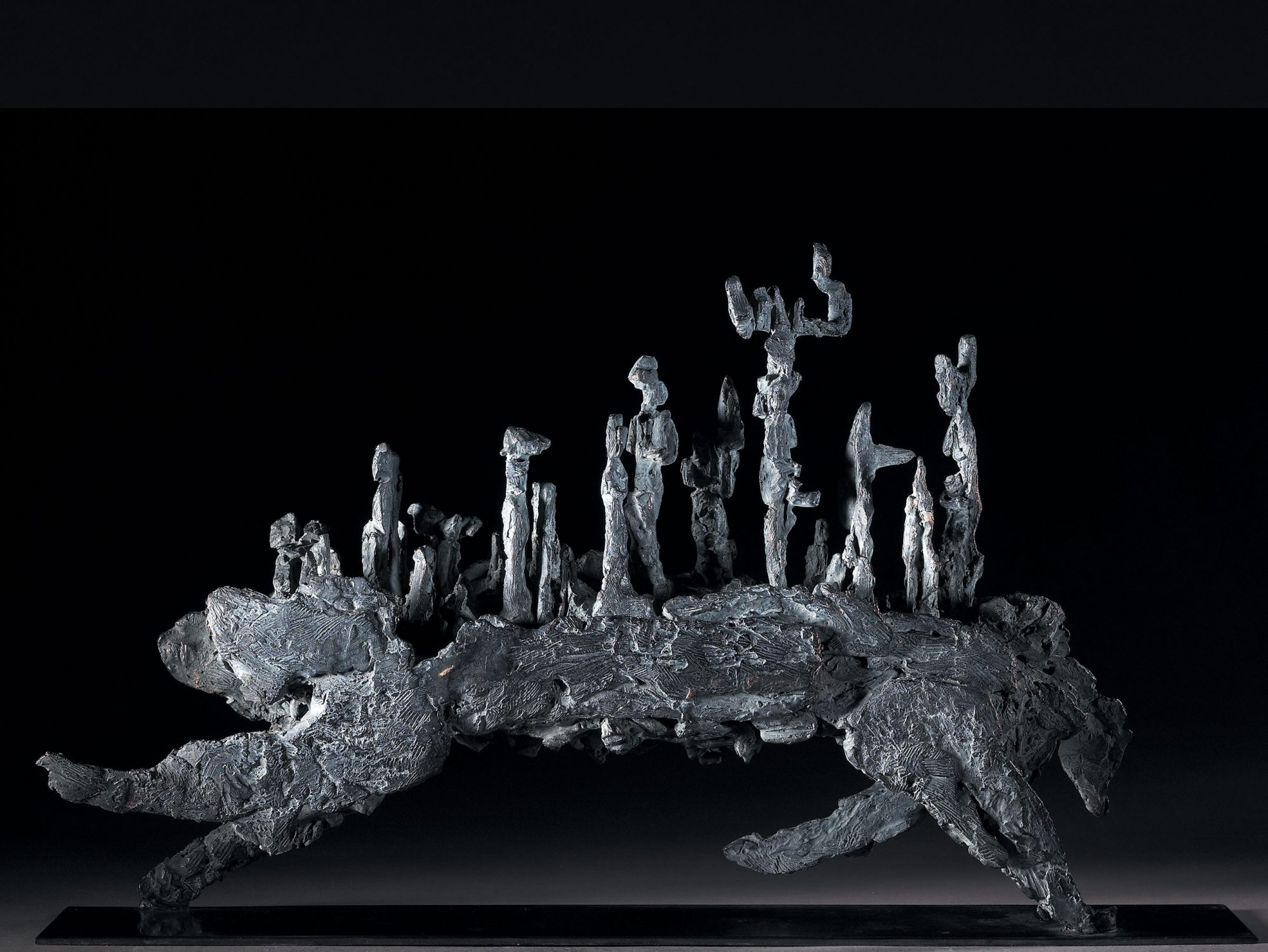 ours monture culture bronze sculpture art nature animal